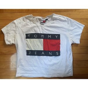 Tommy Jeans Spellout Crop Top